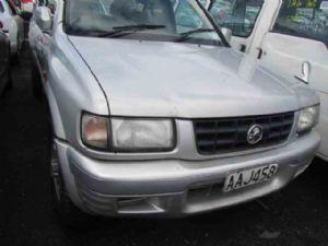 Holden Frontera UES25